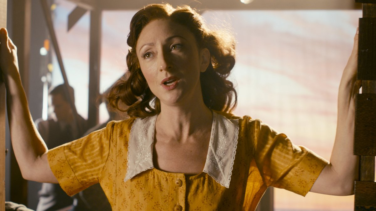 VS - Bright Star Montage - Carmen Cusack