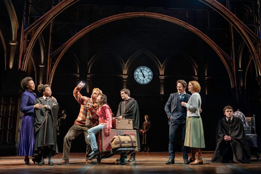 Show Photos - Harry Potter and the Cursed Child - 4/18 - Photo: Manuel Harlan