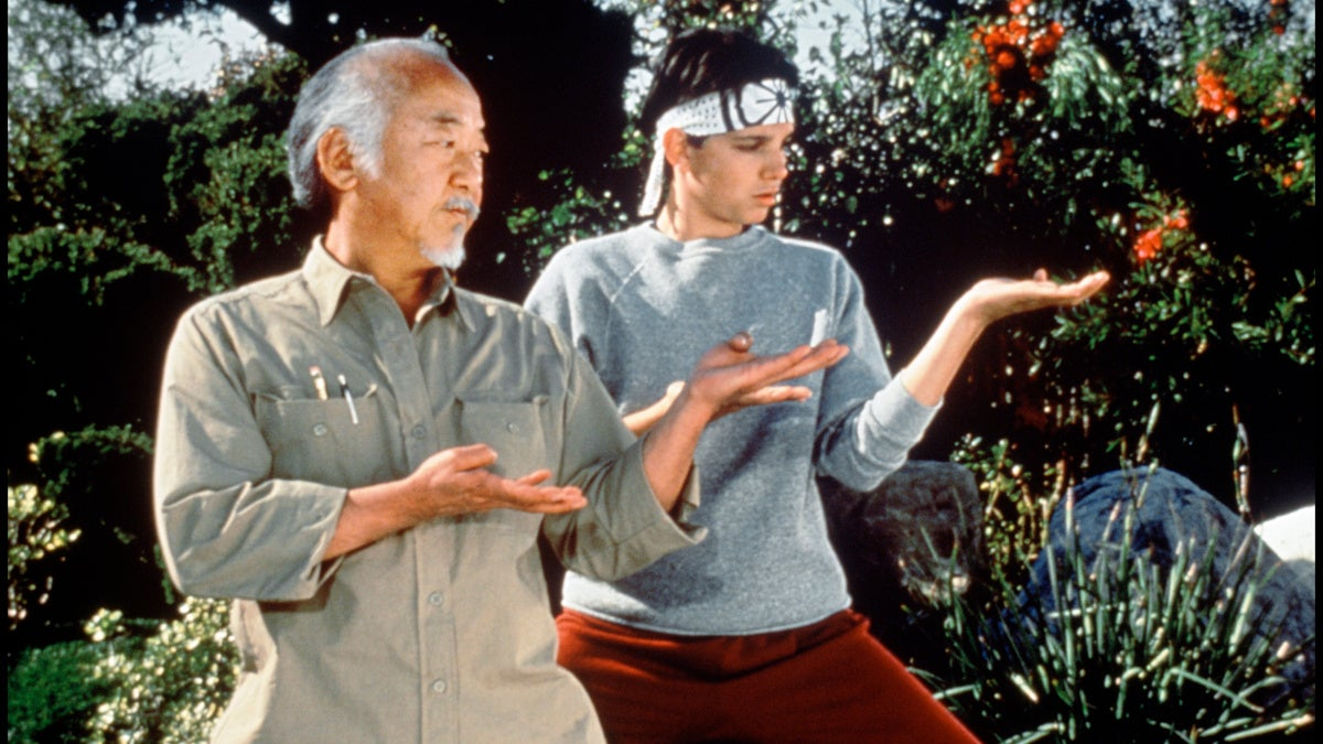 ALAMY IMAGE - KARATE KID - Pat Morita - Ralph Macchio - 1989 - Alamy Stock Photo